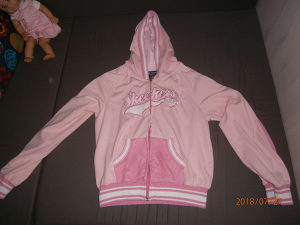 Skechers dukserica...Vel. 8/10 godina,boja roza..NOVA!
