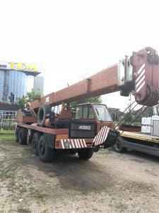 Liebherr metalna autodizalica kran kamion 40 tona