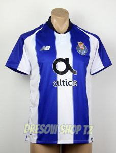 FC Porto [sezona 2018./19.] home kit