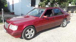 Mercedes 124 300d E model 300