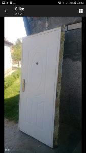 vrata protiv provalna