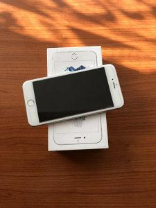 IPhone 6s plus 64gb silver fabricki otkljucan