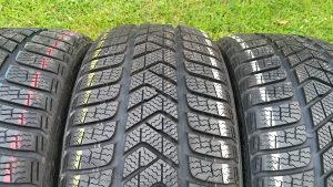 Gume 225 40 18 Pirelli sottozero 3 2016