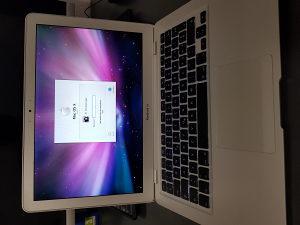 MacBook AIR 13.3 Core2Duo