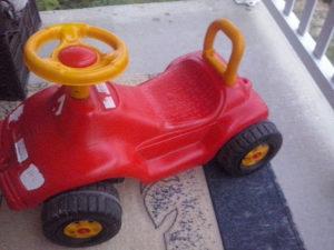 Auto za djecu plasticni
