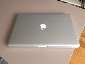 MacBook Pro (15-inch, 2.53GHz, 8GB, Mid 2009)