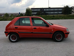 Peugeot 106 1.1 b - tek registrovan