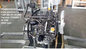 Yanmar 3TNE84 motor