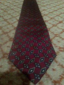 Crvena muška kravata