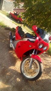 Yamaha fzr 750ccm