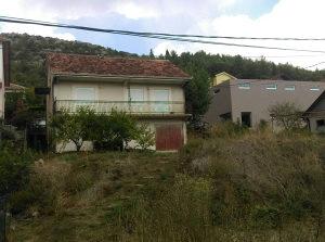 Kuća sa dvorištem - Stolac