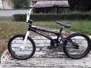 BMX LA BICYCLE (FEEBLE)