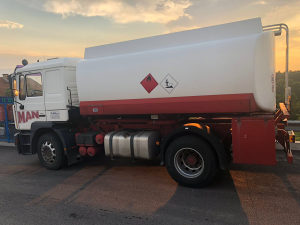 MAN Kamion ME 18.28 cisterna