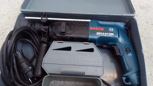 Bosch GBH 2-24 udarna čekić bušilica