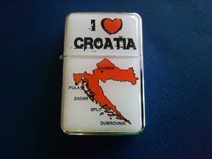 Upaljač na benzin I LOVE CROATIA