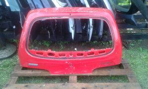 Zadnja hauba Fiat Seicento 2001