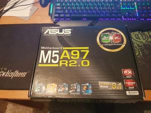 ASUS M5A97 R 2.0 +AMD FX 6300/2x4GB RAMHyperX Fury!!!