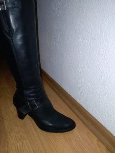 Zenske cizme Bata 40br