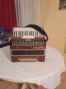 Harm-Bereska-80 bas 5 REG --TROGLASNA  !
