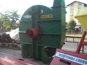 Traktorski mlin cekicar