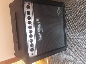 BEHRINGER GX110 30W Pojacalo za gitaru