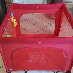 Djecija igraona putni krevetic za bebe Chicco