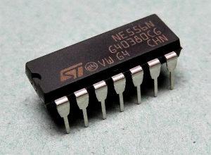 NE556N  STMicroelectronics Timer, DIP-14  ORGINAL