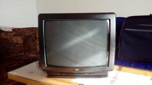 Polovan TV u boji