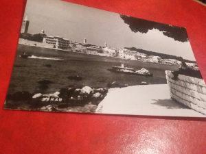 Crno bijela razglednica Rab