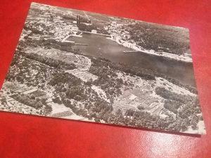 Crno bijela razglednica Jelsa