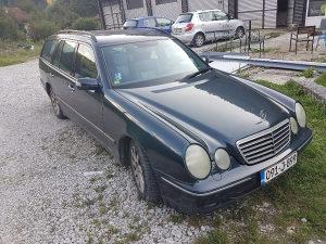 Mercedes-Benz E 320 E 320