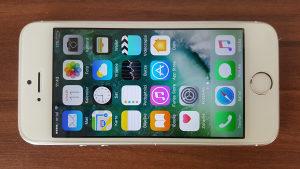 IPhone 5S, 32GB, Silver, sve otključano, garancija