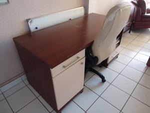 Stol za računar i stolica
