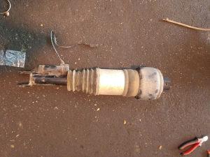 Zracni amortizer za mercedesa e211