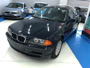 BMW 318 i -  benzin 87 KW