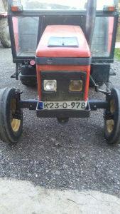 Traktor zetor 3320