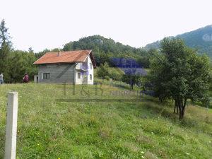 H&B nekretnine prodaju,zemljište i kuća Kijevo