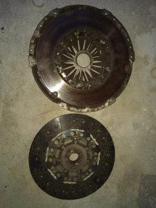 Set kvacila, lamela, korpa za Tiguan