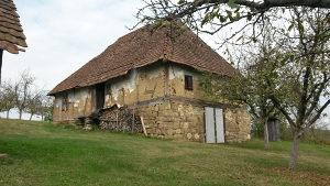 Stara Kuca