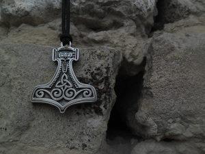 Torov cekic Mjolnir ogrlica,Vikinski torov cekic