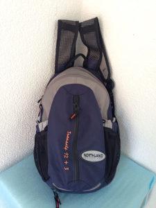 Northland planinarski ruksak 15L / mrežica / kabanica