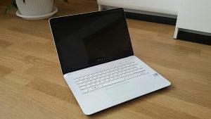 Laptop Sony Vaio SVF142C29M