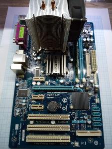 Mb Gigabyte GA-P41T-D3P+CPU Q6600+4GB DDR3+Tt Cooler
