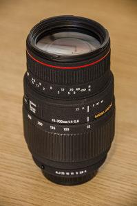 Sigma 70-300mm f4-5.6 objektiv za Pentax
