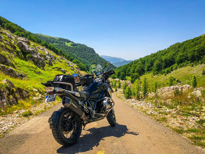 BMW R 1200 GS Triple Black sa full opremom +++++