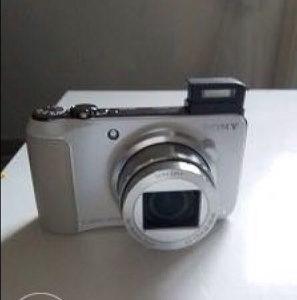 Sony digitalni foto aparat