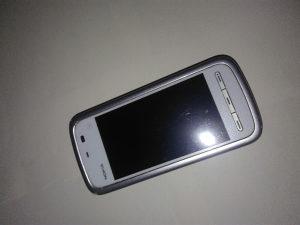 Nokia 5230- pokvaren
