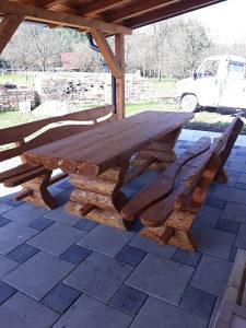 Drvene garniture stolovi klupe