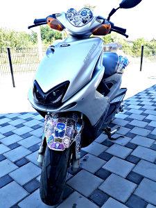 Yamaha MBK 100 ( aerox )