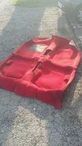Crveni tepih peugeot 205 GTI